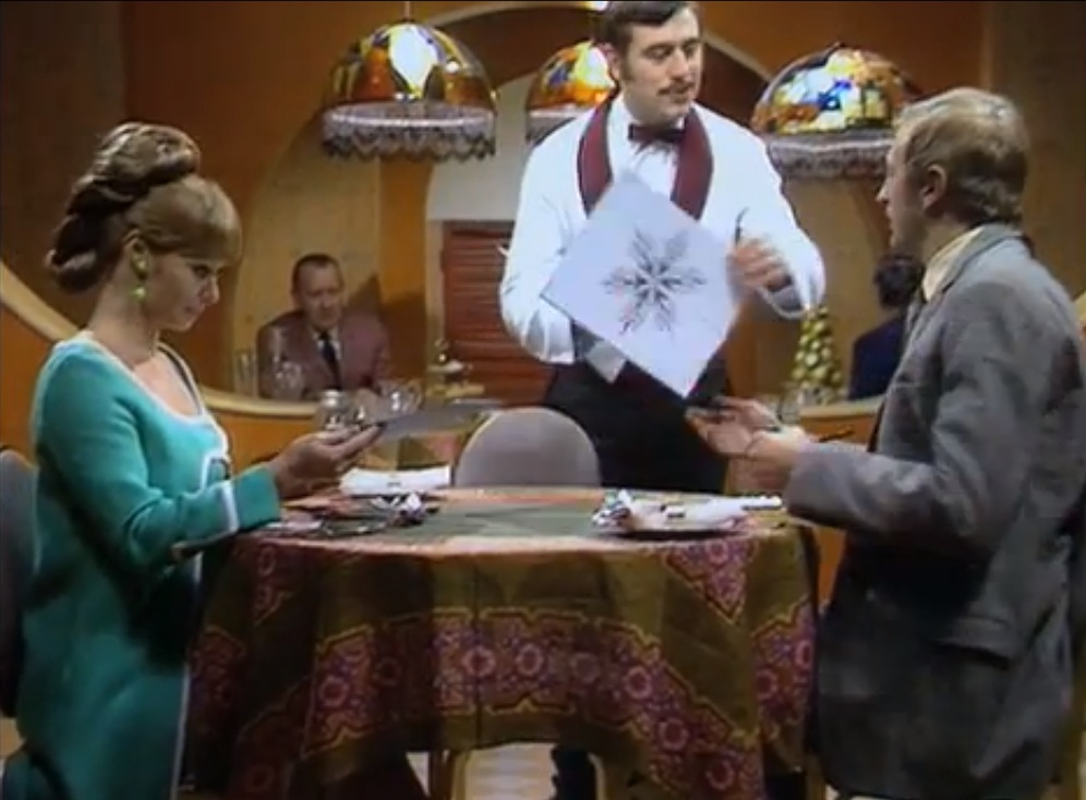 restaurant-sketch-flying-circus