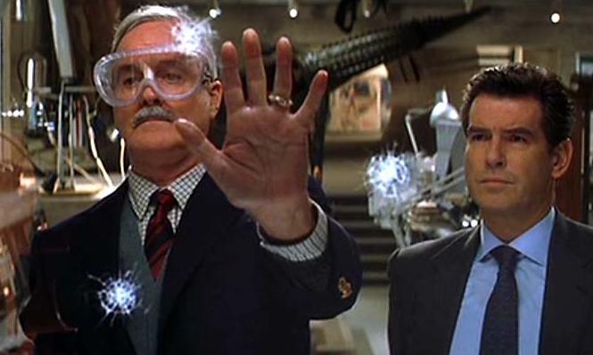 John-Cleese-pierce-Brosnan-007
