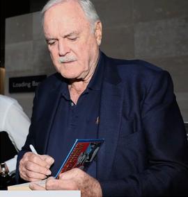 John Cleese quer ser o último membro do Monty Python a morrer
